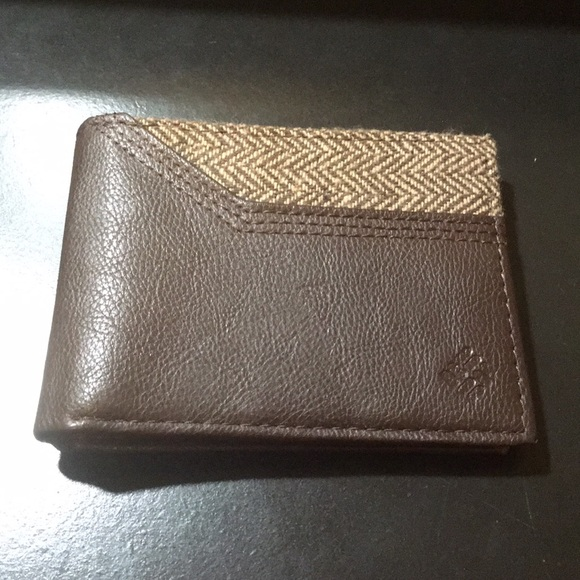 Columbia Other - Leather wallet